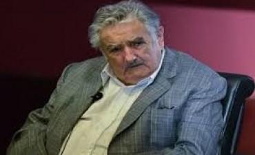 Mujica ante crisis en Argentina: