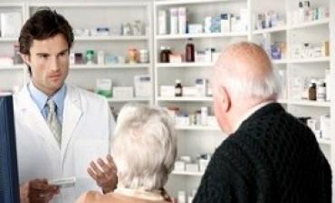 Revisarán los casos de 200 mil jubilados beneficiados con medicamentos gratuitos
