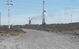 22/01/2018: Hubo una pérdida de gas y petróleo en el yacimiento Manantiales Behr, operado por YPF