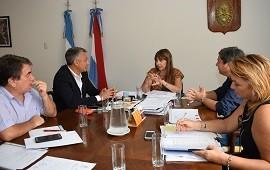 25/01/2018: Velázquez trató la política sanitaria con los diputados Zavallo y Lara
