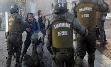 16/01/2018: Al menos veinte personas fueron detenidas durante una marcha en rechazo a la visita del Papa a Chile
