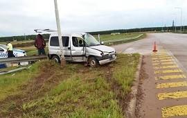 07/01/2019: Iban a Misiones y se accidentaron en plena ruta 14