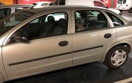 23/01/2019: Dejaron encerrada a su hija en el auto mientras hacían las compras
