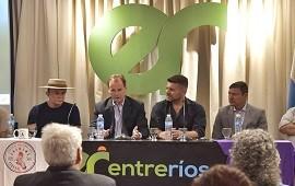 """24/01/2019: Bordet recordó especialmente a """"Cachencho"""" en la presentación del Festival del Chamamé de Federal"""