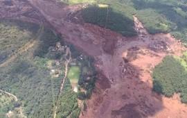 25/01/2019: Colapsó una represa en Brasil: temen que haya muertos y todo un pueblo quede enterrado en el fango