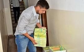 09/01/2019: Salud entregó 5.000 ejemplares de la nueva Libreta Sanitaria Infantil al Registro Civil