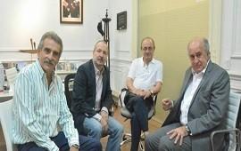 14/01/2019: El kirchnerismo vuelve al modelo chavista, Moyano ayuda; un candidato es intendente
