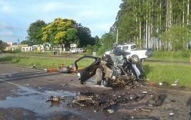 14/01/2019: RUTA 14: Un muerto tras el impacto frontal entre una camioneta y un camión