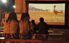 18/01/2019: Cultura Encendida: El Cinemóvil recorrerá la provincia dando funciones al aire libre