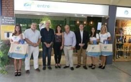 23/01/2019: Se instaló un punto de información turística en el aeropuerto de Paraná