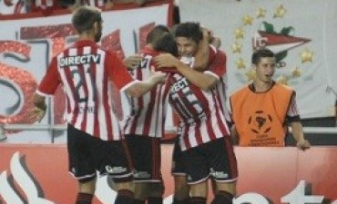 Grupo 7 Carrillo facturó por triplicado y Estudiantes debutó con un triunfo