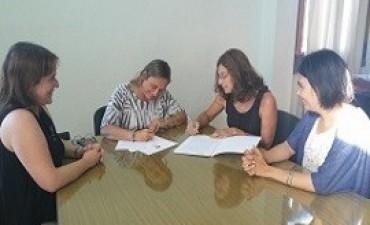 Acuerdo interinstitucional entre el Copnaf y la Facultad de Trabajo Social