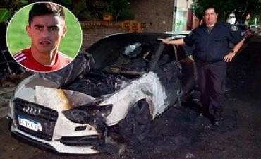River: incendiaron el auto del Pity Martínez