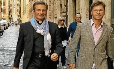Cura gay expulsado del Vaticano: