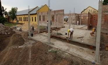 13/02/2018: Presentan un 25 por ciento de avance las obras en la escuela Facundo Arce de Puerto Víbora