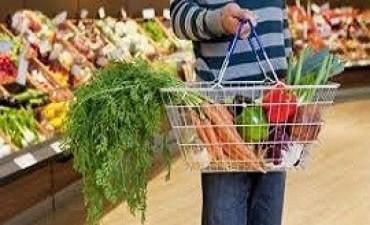 24/02/2018: Los precios de la canasta básica suben más que la inflación, y podría crecer la pobreza