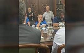 14/02/2019: El sindicalista que pasó de provocar un escándalo a dormirse en la reunión por la paritaria docente