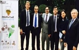 18/02/2019: Desembarco de la Yerba Mate Argentina en India