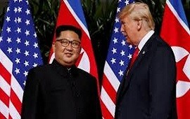 27/02/2019: Con un apretón de manos, arrancó la segunda cumbre entre Donald Trump y Kim Jong-un