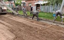 09/02/2021: Comenzaron los trabajos de saneamiento y cordón cuneta en un barrio de Concordia