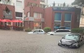 12/02/2021: Pinamar quedó bajo el agua por las intensas lluvias