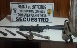 22/02/2021: Tres detenidos por portar armas blancas y de fuego