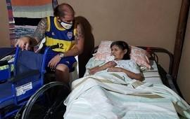 26/02/2021: La Asociación Boquenses de Concordia donó una silla de ruedas a una persona mayor