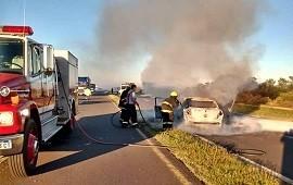 26/02/2021: Accidente mortal entre un ómnibus y un auto en la ruta 12: el tránsito está cortado