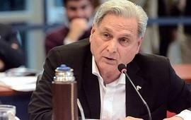 26/02/2021: El diputado Julio Solanas presentó una denuncia penal ante acusaciones sobre una presunta vacunación