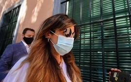 """26/02/2021: Gianinna y Jana Maradona declararon como testigos y contaron que Diego """"fumaba marihuana con 'Charly' Ibáñez"""" y que le daban una """"pastilla misteriosa"""""""