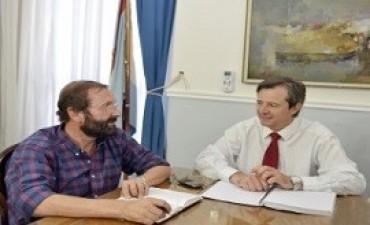 Realizan gestiones para avanzar en obras prioritarias para Enrique Carbó