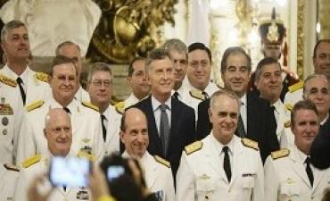 Macri encabezó ceremonia de ascensos de las Fuerzas Armadas