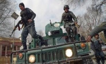 08/02/2017: Un ataque del Estado Islámico a un hospital militar en Kabul dejó al menos 30 muertos