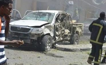 13/03/2017: Al menos 13 muertos en dos atentados con coche bomba en Mogadiscio