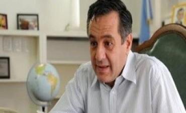 16/03/2017: Finocchiaro opinó que el conflicto con los gremios docentes