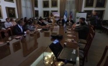 18/03/2017: Se presentó en Paraná la XXII Fiesta Nacional de la Apicultura y Expo Apícola del Mercosur