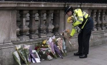 23/03/2017: El Estado Islámico se atribuyó el ataque en Londres