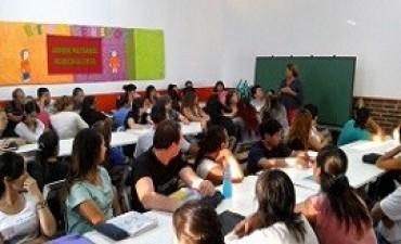24/03/2017: Comenzaron las clases en las 82 escuelas secundarias de adultos