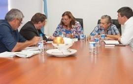 09/03/2018: Planifican tareas para el mejoramiento de caminos en juntas de gobierno de Paraná Campaña