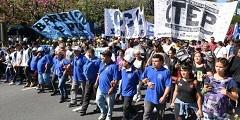 28/03/2018: Organizaciones sociales marchaban por la Avenida 9 de Julio en rechazo al