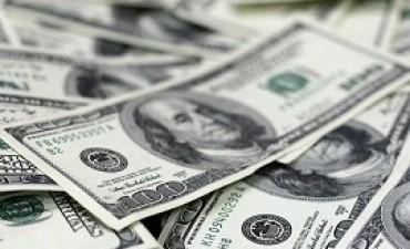 12/03/2018: El dólar comenzó la semana con una baja de 4 centavos