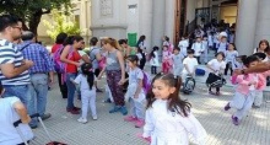 23/03/2018: El 63 por ciento de los docentes entrerrianos concurrió a las aulas