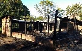 25/03/2019: Tragedia en Corrientes: una mujer y sus cinco hijos murieron al incendiarse una casa