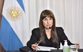 06/03/2021: Velázquez firmó un contundente documento en defensa del sistema de vacunación
