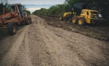 Trabajos de mejoramiento de caminos entre Nogoyá y Paraná