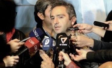 """tras las declaraciones  Larroque: """"Si hay alguien oscuro en este país, es Mauricio Macri"""""""