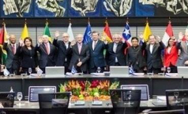 Fuerte respaldo de la Unasur al reclamo argentino por Malvinas