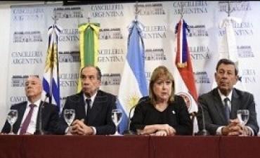 06/04/2017: Los cancilleres del Mercosur y la Alianza del Pacífico se reunirán mañana en Buenos Aires