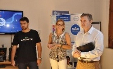 08/04/2017: El espacio Punto Digital de Paraná inició un taller de informática para adultos mayores