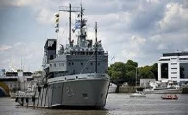 11/04/2017: El buque Islas Malvinas se sumó a tareas de asistencia en Comodoro Rivadavia